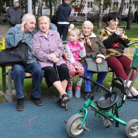 Детская площадка Раменское, ул.Коммунистической, дд.1-3, 2009 г._8